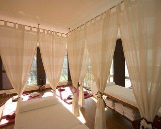 Spa, Sauna & Massage Solo